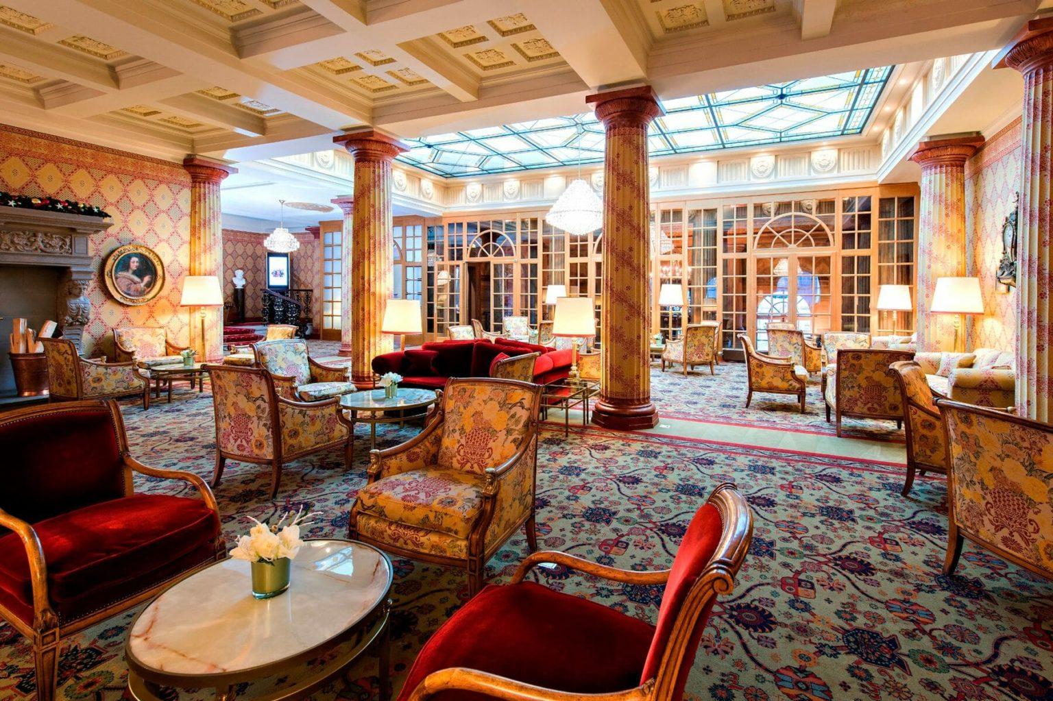 Kulm-Hotel-StMoritz_Lobby-3-1800x1199