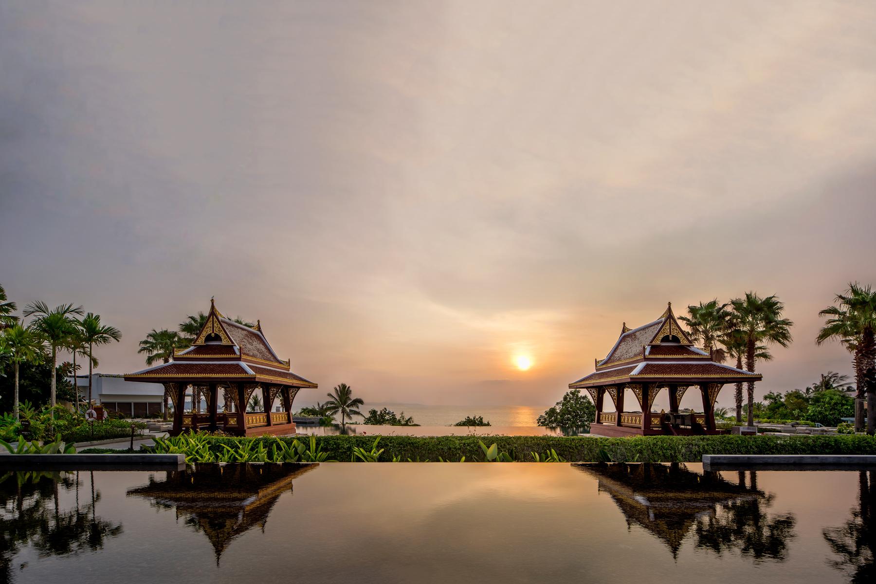 Amatara-Wellness-Resort_Hero-Sunrise