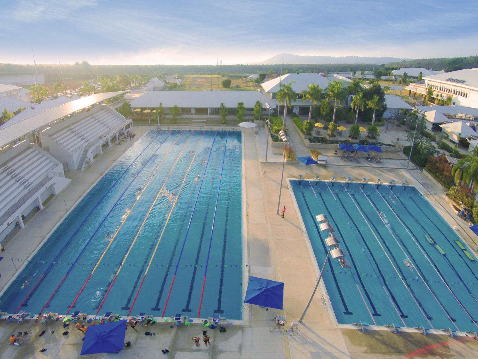 Swimming-Pool-3-1600x1200