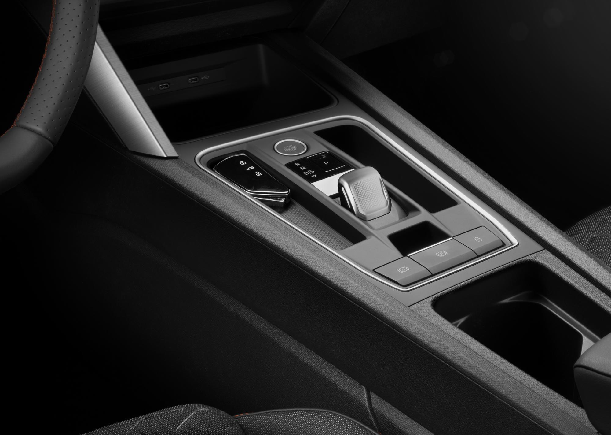 IPP-All-new-SEAT-Leon_129_HQ